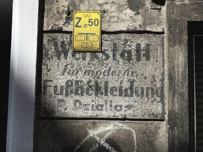 Wroclaw German Signs Paulińska 10