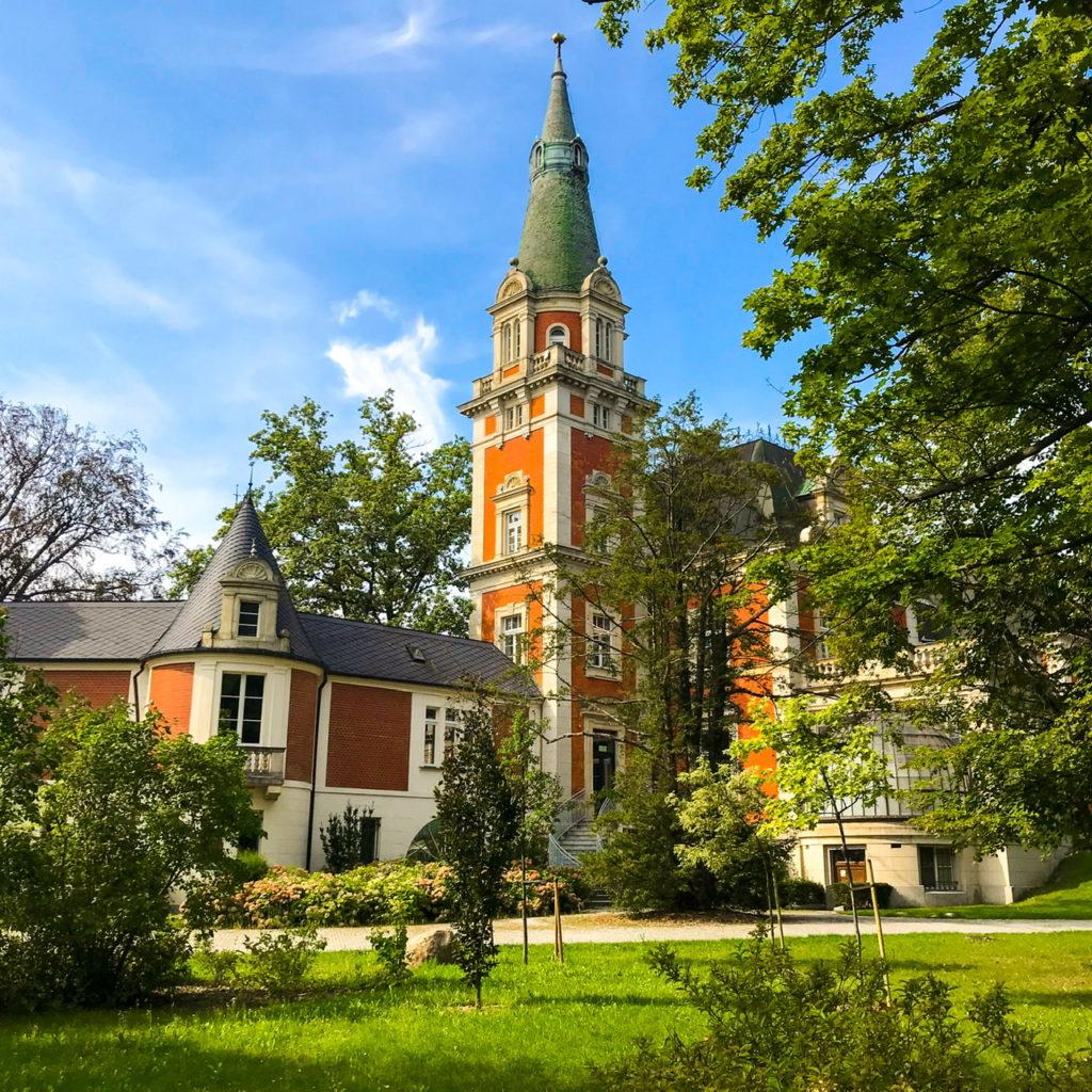 Der Palast von Pawłowice