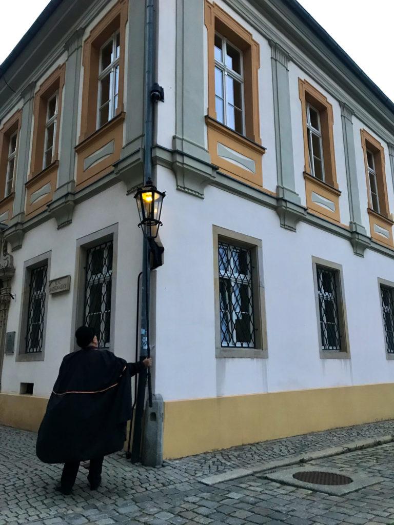 Laternenanzünder in Breslau